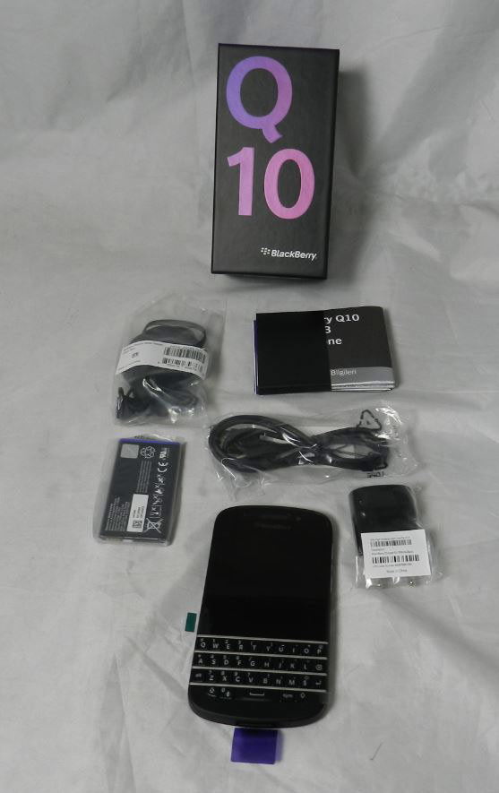 wholesale distributor of blackberry q10 cell phones